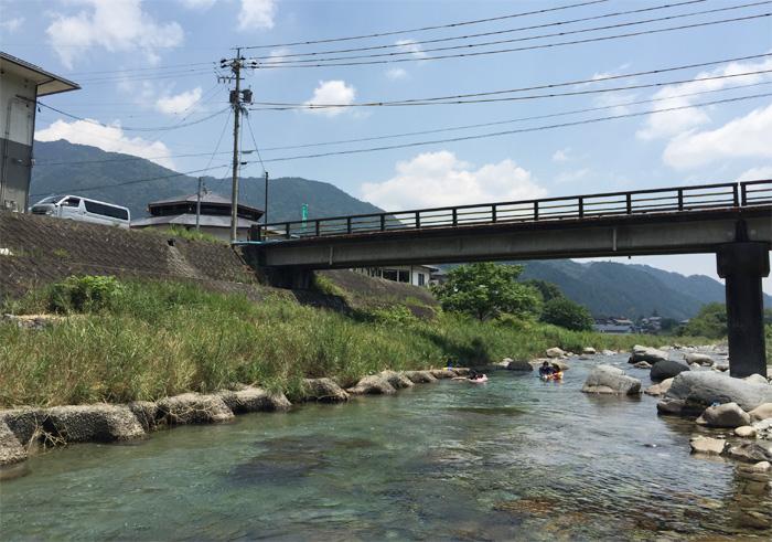 加子母川泳ぎ