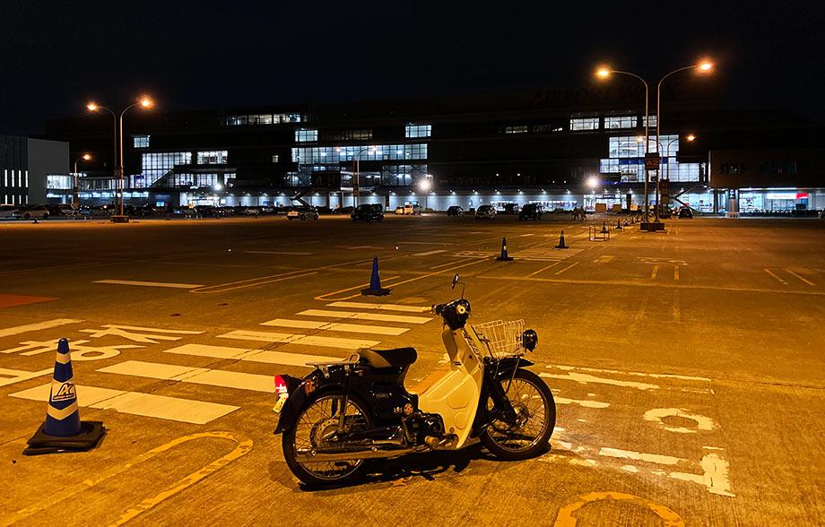 エアポートウォーク駐車場